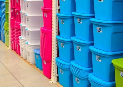 Variedad de cajas plásticas